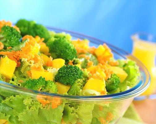 Салат с брокколи апельсиновый