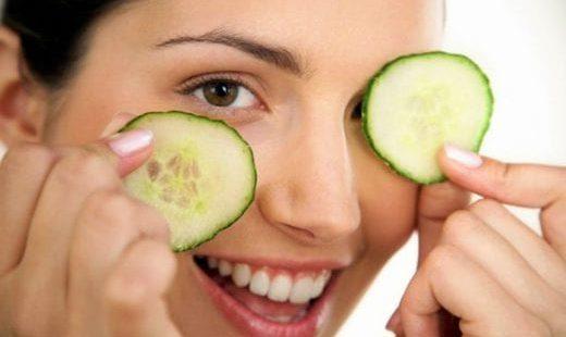 Семь эффективных масок от отеков на лице: доступных в домашних условиях