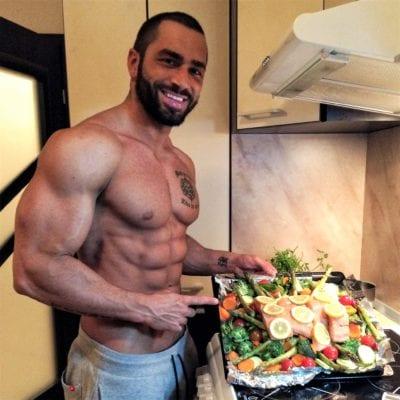 едим белок с овощами