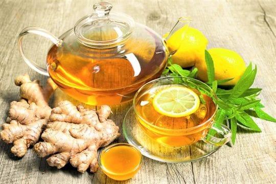 имбирный и зеленый чай с лимоном