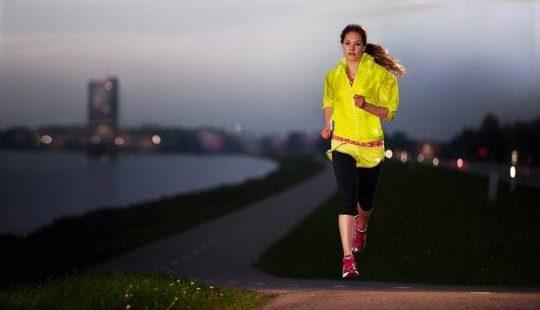 Бег по вечерам для похудения живота и боков