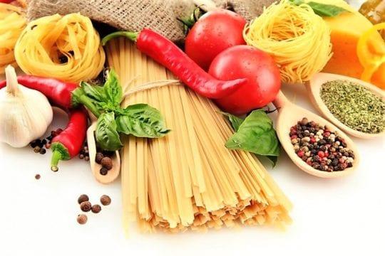 макароны и специи