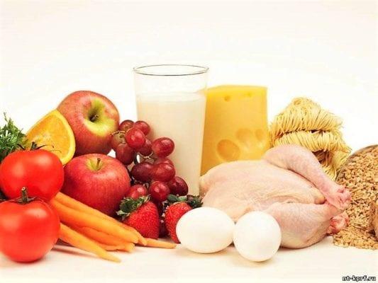 множество здоровых и полезных продуктов