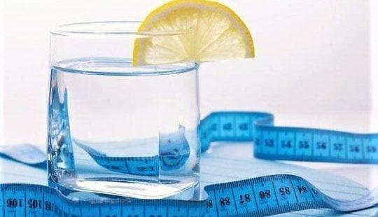 Водная диета: 7 дней пьем воду до и после еды