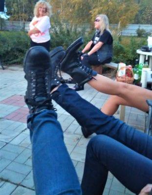 роковые ботинки