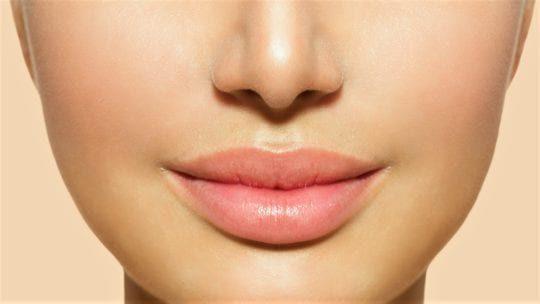 Как поднять уголки губ в домашних условиях, что надо делать?