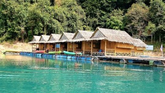 домики на озере