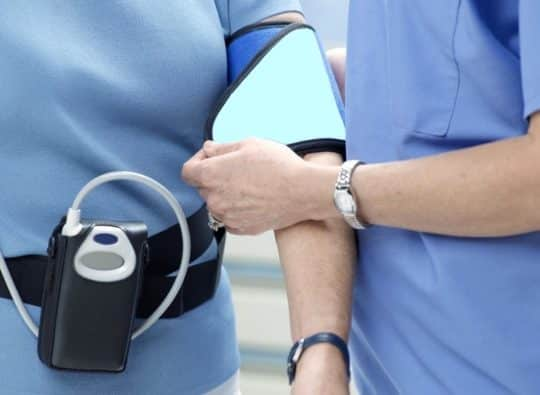 Суточное мониторирование давления – диагностика спасающая жизнь